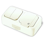 Блок Выключатель двухклавишный + Розетка с заземлением и крышкой, IP54, настенного монтажа, белый VIKO Palmiye 905554